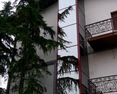 Piattaforme elevatrici ad uso civile ed industriale, anche esterne all'edificio