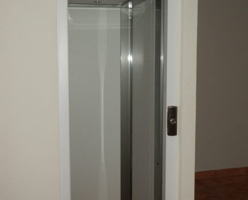 Homelift, ascensori e piattaforme elevatrici per edifici residenziali