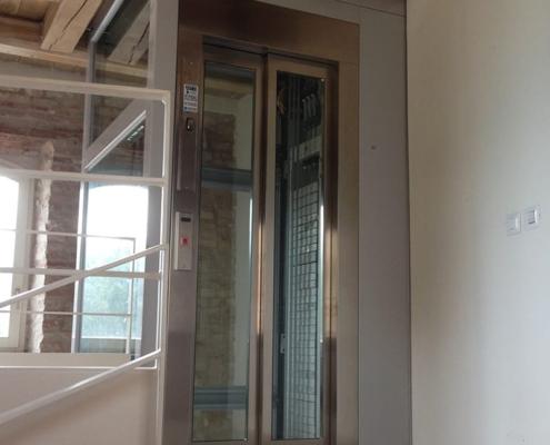 Homelift e piattaforme elevatrici per abitazioni private
