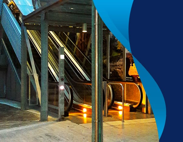 Progettazione ed installazione scale e tappeti mobili per centri commerciali, aeroporti, stazioni ferroviarie e metropolitane